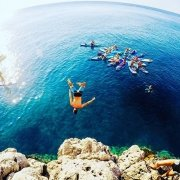 Nothing beats a free fall into paradise... #paddleboarding #suprhodes #standuppaddle #standuppaddling #sup